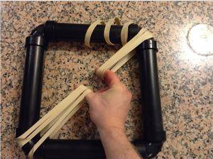 Как сделать простой и удобный тренажер для пальцев собственными руками