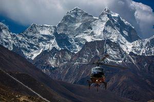 Телеканал Дискавери продолжает заинтересовывать зрителей Эверестом