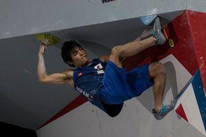 Тренировки Томоа Нарасаки - чемпиона мира по боулдерингу