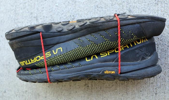 C2TM ComboCord хорошо подходит для компактной переноски кроссовок в рюкзаке