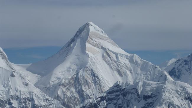 пик Хан-Тенгри ( 7010 м)