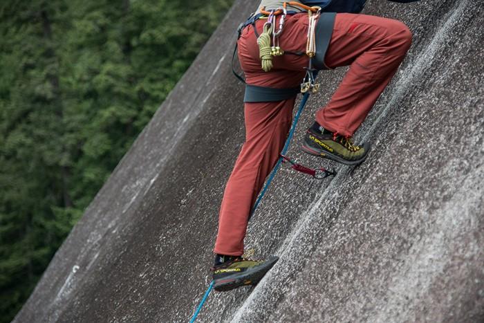 Тестирование кроссовок для подходов ТХ2 на скалах