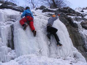Занятия по ледолазанию для альпинистов