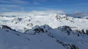 При сходе лавины в Альпах погиб горнолыжник из России