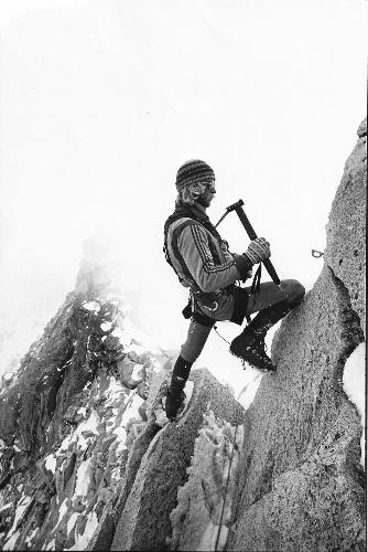Джефф Лоу (Jeff Lowe) в 1979 году во время второй попытки восхождения на Ама-Даблам