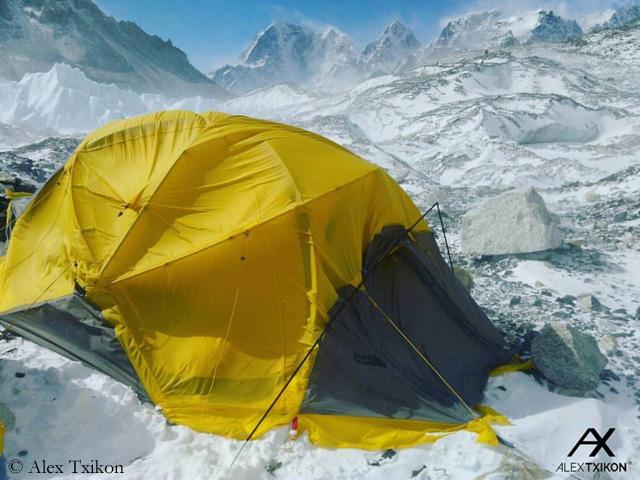 В базовом лагере Эвереста. февраль 2017