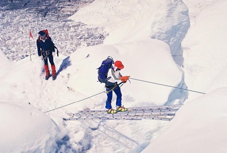 Фото: Подъем на Эверест (архив Г. Копейки)