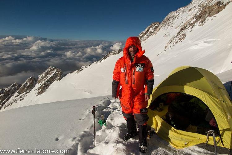 Ферран Латорре (Ferran Lattorre) в четвертом высотном лагере на Нангапарбат
