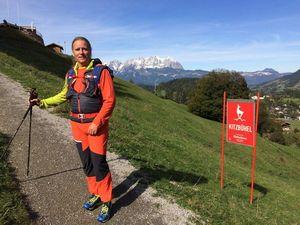 Слепой альпинист Энди Хольцер возвращается на Эверест