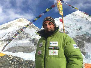 Зимой на Эверест: Алекс Тикон вышел на штурм маршрута. Вершина Эвереста намечена на 9 марта.