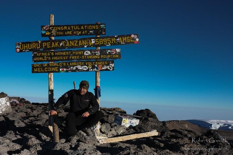 Роберт Гондек на вершине Килиманджаро