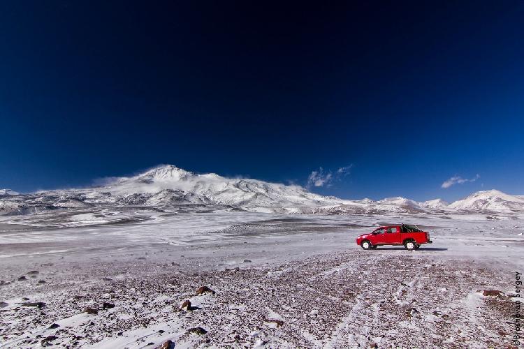 1. Охос-дель-Саладо, вид с высоты 5100м.
