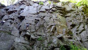 На скалах Житомирской области состоится открытое личное первенство по скалолазанию среди детей и учащейся молодежи памяти Галины Сергеевны Школы