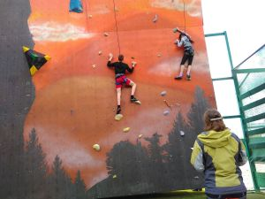 В Хмельницком прошли вторые юношеские соревнования по скалолазанию в формате многоборья