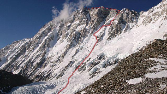 Маршрут восхождения Ули Штека на вершину Шишапангма, 16-17 апреля 2011 года