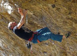 На грани мирового рекорда: 49 летний скалолаз Альфредо Веббер близок к прохождению сложности 9а