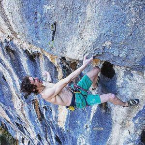Адам Ондра совершает первое повторение одного из сложнейших в мире маршрутов