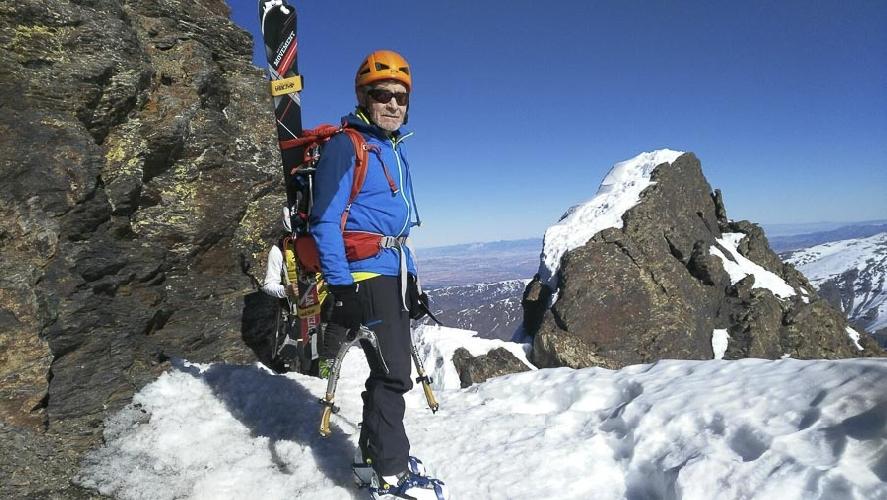 Карлосе Сория (Carlos Soria) в горах Сьерра-Невада