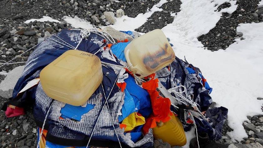 мусор на Эвересте. апрель 2017 года