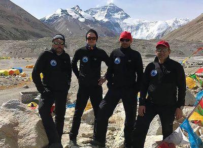 Еще один украинский альпинист поднимется на Эверест  весной 2017 года
