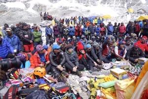 На Эвересте шерпы организовали забастовку