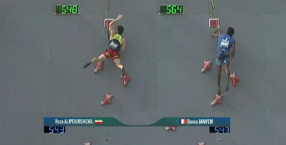"Реза ""Алипуршена"" Алипуршеназандифар (Reza Alipourshenazandifar) устанавливает новый мировой рекорд"