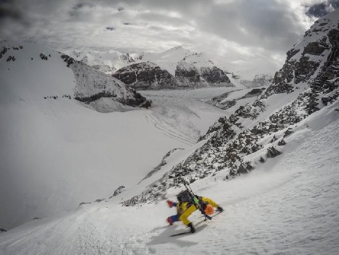 Килиан Джорнет (Kilian Jornet Burgada) во время попытки восхождения на Эверест в 2016 году