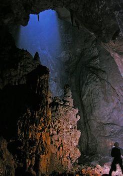 Подробности гибели спелеолога в Крымской пещере Монастырь-Чокрак
