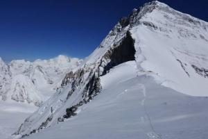 Экспедиция Валентина Сипавина на Эверест: спуск с Северного Седла в передовой базовый лагерь