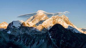 Новый мировой рекорд на Эвересте установила непальская женщина альпинистка
