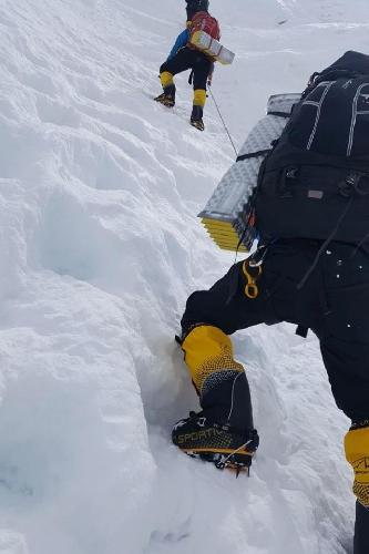 День 27. 3 мая. Выход на Северное Седло 7000 м.