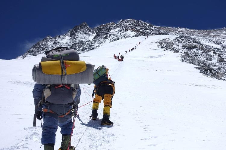 Восхождение на Эверест группы Валентина Сипавина