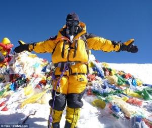 Британка Молли Хьюз стала самой молодой европейской женщиной, которая смогла взойти на Эверест с обеих сторон