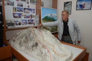 Альпинист Сергей Бершов: К Эвересту готовили как космонавтов
