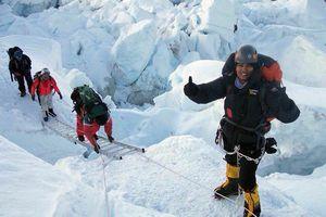 Офицер индийской полиции стала первой женщиной из Индии, которая поднялась на вершину Эвереста с северной стороны!