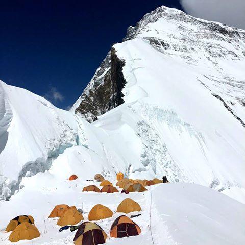 Лагерь на Северном седле Эвереста