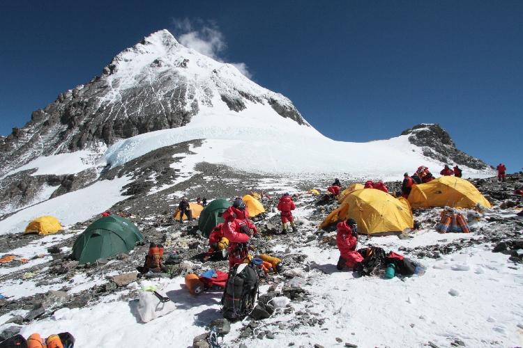Четвертый высотный лагерь на Эвересте