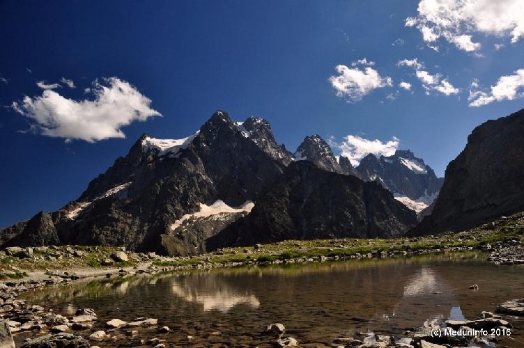 Горы в Альфруа