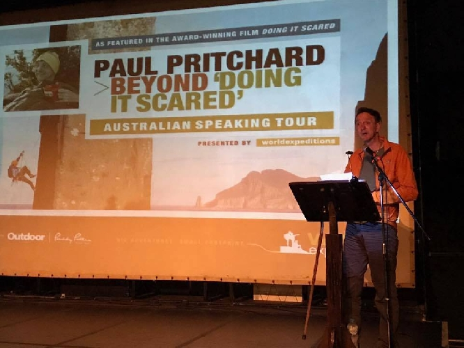 Лекции - один из главных источников дохода писателя Пола