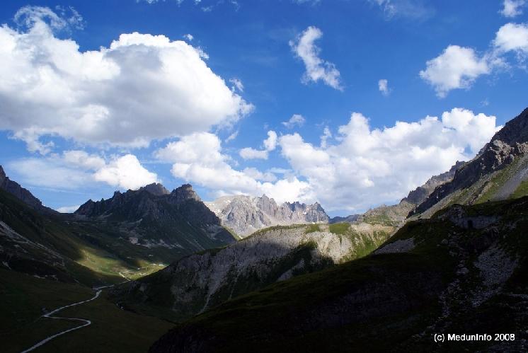 Вид на спуске с Col du Galibier