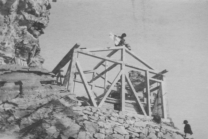 Строительство хижины Сольвей (Solvay Hut)