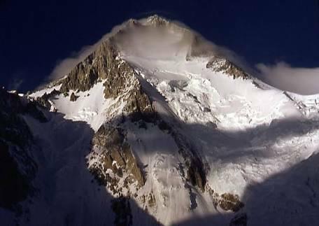Гашербрум I (Gasherbrum I, 8080 м)
