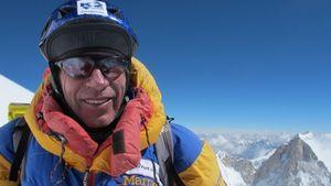 64-летний Оскар Кадьяк стал самым старым альпинистом в мире кто прошел все 14 восьмитысячников планеты!