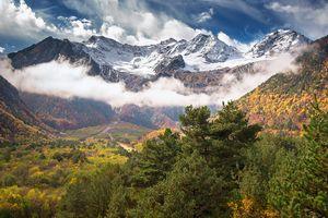 Туристы из Одессы попали под камнепад в горах Северной Осетии, есть пострадавшие