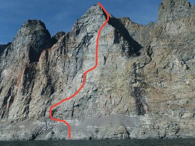 Новый польский маршрут на острове Аппат (Appat). За 26 часов удалось пройти 900 метровую стену оценив маршрут трудностями Е6 6b [примерно эквивалентно VI.3+