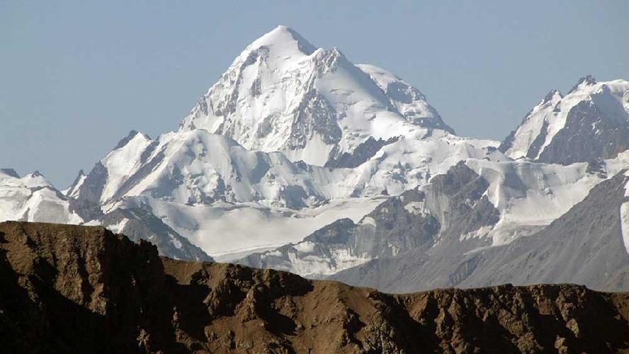 пик Хан-Тенгри (6695 метров)