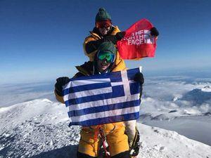 Впервые на вершину высочайшей в Северной Америке горы Денали поднялись альпинистки из Греции