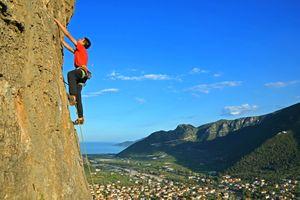 Известняковые скалы Леонидио в Греции: гид для скалолазов