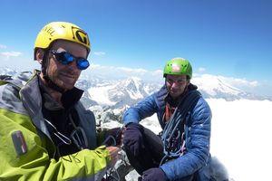 Харьковские альпинисты поднялись на  вершину Ушбы по одному из сложнейших маршрутов -