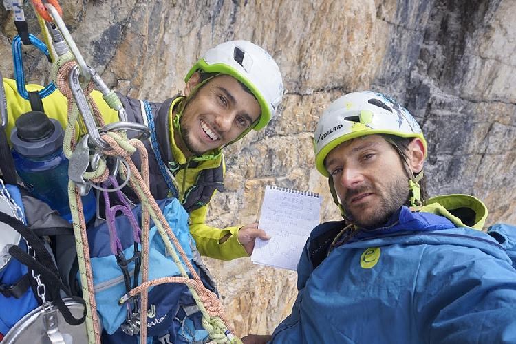 """Мануэль Баумгартнер (Manuel Baumgartner) и Александр Хубер (Alexander Huber) на маршруте """"Schatten der Großenl"""""""